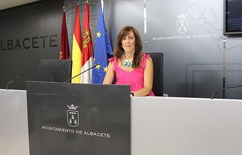 María Gil.