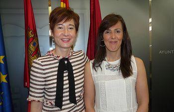 María Gil y Mª Ángeles Martínez