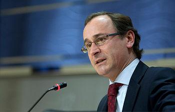 El portavoz del Grupo Popular en el Congreso, Alfonso Alonso