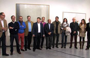 Jurado del Premio Artes Plásticas del Ayuntamiento de Albacete 2013 junto a representantes del Ayuntamiento de Albacete y de la Fundación Caja Rural de Albacete Globalcaja.