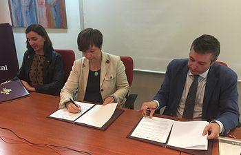 El Ayuntamiento colaborará con EOI y Orange en la capacitación digital de los empresarios de la comarca