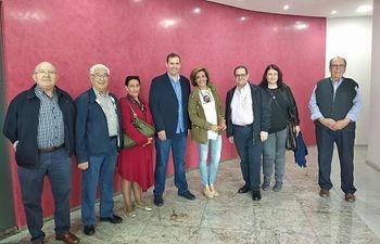 Rosario Velasco y Serapio Fraile visitaron varias empresas de La Roda reafirmando la apuesta de VOX por la creación de empleo.