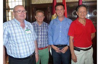 La Diputación reitera su apoyo al Albacete Basket y acuerdan hacer provincia promocionando el baloncesto