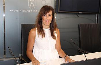 María Gil .
