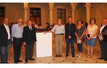 """Inaugurada la exposición """"bronce, hierro y madera"""" en el centro cultural La Asunción"""