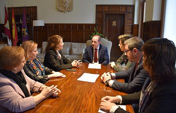 El Gobierno de Castilla-La Mancha ha atendido a más de 130.000 personas en el Sistema de Servicios Sociales de Atención Primaria durante 2019