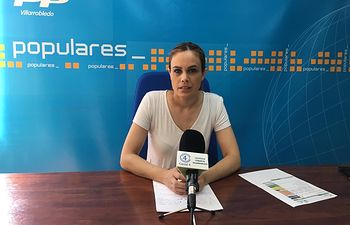 Ana Hernán, concejal popular en el Ayuntamiento de Villarrobledo.