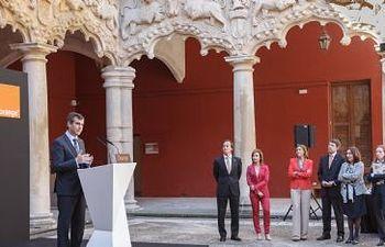El alcalde, Antonio Román, en la presentación de las inversiones de Orange en la ciudad