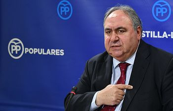 Vicente Tirado, en rueda de prensa.