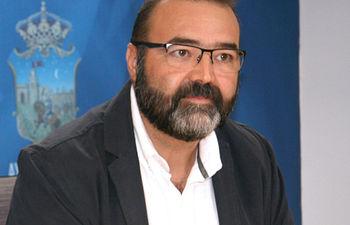Víctor Cabeza.