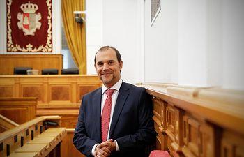 Pablo Bellido, presidente de las Cortes.