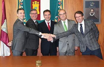 Marín. Traspaso Reales Fábricas de Riópar, propiedad municipal. Foto: JCCM.