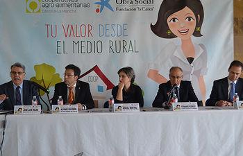 Inauguración de la jornada Igualdad de Oportunidades en Mota del Cuervo.. Foto: Cooperativas Agro-alimentarias.