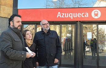 El alcalde, junto a la concejala de Juventud y al responsable de Urbanismo y Desarrollo Sostenible, en una imagen de archivo. Fotografía: Álvaro Díaz Villamil/ Ayuntamiento de Azuqueca de Henares
