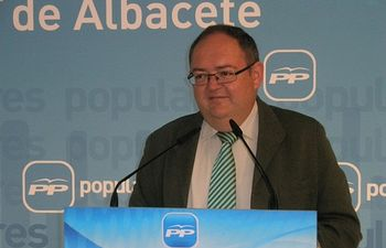 Dimas Cuevas, en la sede provincial del PP.