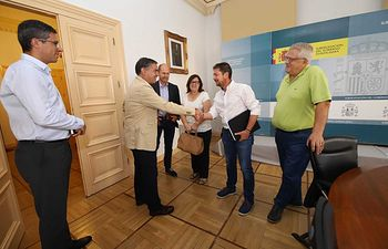 González Ramos promete a ribereños que en septiembre tendrán información sobre el proyecto de abastecimiento