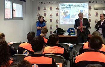 Francisco Perez en curso primeros auxilios y atención sanitaria.