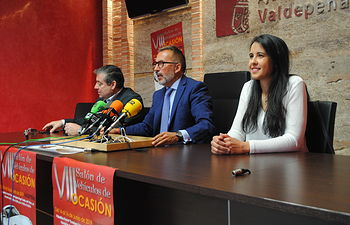 Presentación 'VIII Salón de Vehículos de Ocasión' de Valdepeñas.