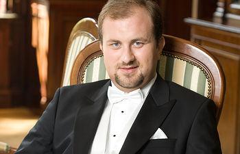 Marian Sobula, pianista.