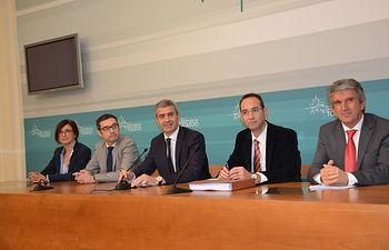 El presidente de la Diputación de Toledo ha presentado el primer Presupuesto de la legislatura.