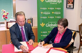 Firma del convenio con ADEMCU