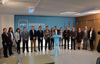 Candidaturas del PP por Albacete, en la sede provincial, junto a Paco Núñez y Javier Cuenca.