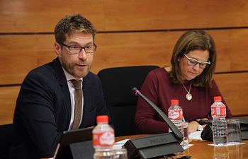 Toledo, 16-12-2016.- El director general de Planificación Territorial y Sostenibilidad, Javier Barrado Gozalo, durante su comparecencia en la Comisión de Fomento de las Cortes de Castilla-La Mancha. (Foto: Álvaro Ruiz // JCCM)