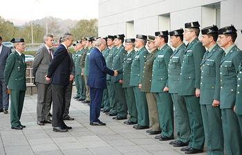 El ministro del Interior, Jorge Fernández Díaz, ha visitado la Comandancia de Pontevedra y las instalaciones del SIVE y el SEPRONA. Foto: Ministerio del Interior