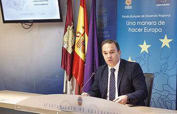 Presentación de Sistemas de gestión inteligente de aparcamientos con financiación europea FEDER, smart city