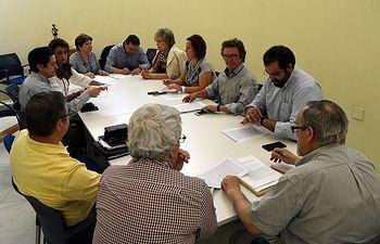 """Arranca la Mesa de Convivencia de """"El Torreón"""" con una primera toma de contacto entre las partes"""