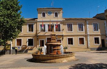 Edificio del Ayuntamiento de Quintanar del Rey.