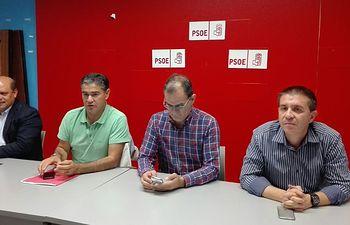 El PSOE exige al alcalde de Almansa que conteste a las 21.000 personas engañadas con el fraude electoral de Giba Motors y que no mantenga esa mentira ni un momento más.