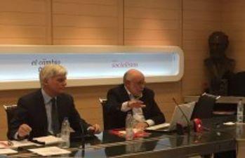 José Miguel Pérez y José Moya presentan propuesta profesión docente