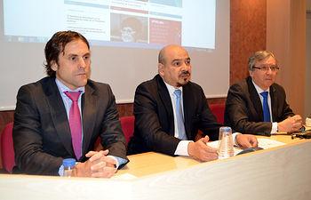 De izqda. a dcha.: Héctor Clemente, Carlos Alger y Juan Carlos López.