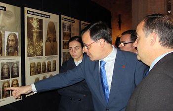 """La Iglesia de San Blas, en Villarrobledo, acoge la exposición """"El hombre de la sábana santa"""""""