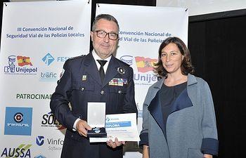 La Fundación Española de Seguridad Vial distinguió al Intendente Jefe de la Policía Local de Albacete con la medalla al Mérito de la Seguridad Vial. Foto: Joaquin Felix Marin