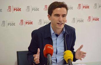 Pedro Casares.