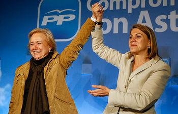María Dolores de Cospedal y Mercedes Fernández en Gijón