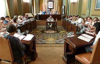 La Diputación aprueba el convenio para un programa de formación en igualdad con el Instituto de la Mujer