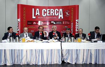 El consejero de Industria y Sociedad de la Información, José Manuel Díaz-Salazar, ha inaugurado las jornadas sobre innovación organizadas por el grupo de comunicación La Cerca.