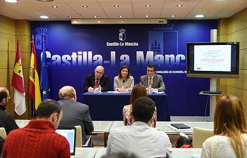 a consejera de Economía presenta las Jornadas Regionales sobre (IGP,s) No Alimentarias. Foto: JCCM.
