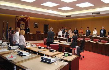 El Pleno del Ayuntamiento de Albacete guarda un minuto de silencio en homenaje a Ramón Varón.