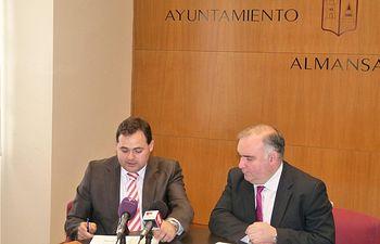 Constantino Berruga destacó las importantes inversiones realizadas por la Diputación en Almansa durante la presente legislatura