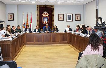 Foto Pleno Ayuntamiento de La Roda.