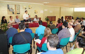 Presentación del programa electoral de lectura fácil en Asprona.