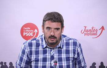 Rafael Esteban, presidente el Grupo Parlamentario Socialista.