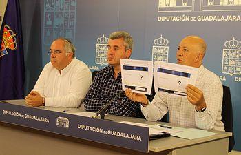 Foto Grupo Popular. Un momento de la rueda de Transparencia.