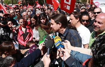 El Secretario General de Podemos, Pablo Iglesias, al comienzo de la manifestación con motivo del Día Internacional del Trabajo en Puertollano.