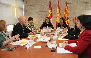 La consejera de Bienestar Social, Aurelia Sánchez, se ha reunido este miércoles con la consejera de Ciudadanía y Derechos Sociales de Aragón, María Victoria Broto.
