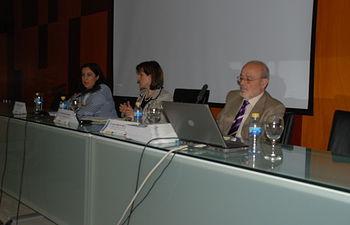 La vicerrectora de Formación Permanente participó en la inauguración y en la clausura del encuentro.